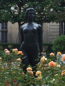 Statue-jardin