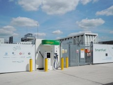 UK's first supermarket-based Hydrogen filling station - Hendon