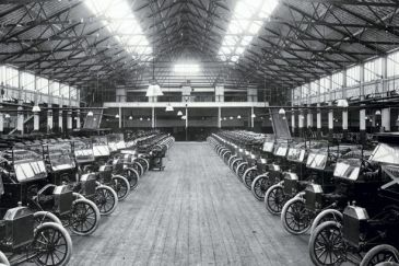 Model T Ford production at Trafford Park 1914