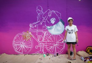 Trivia Goh and the Little India Mural