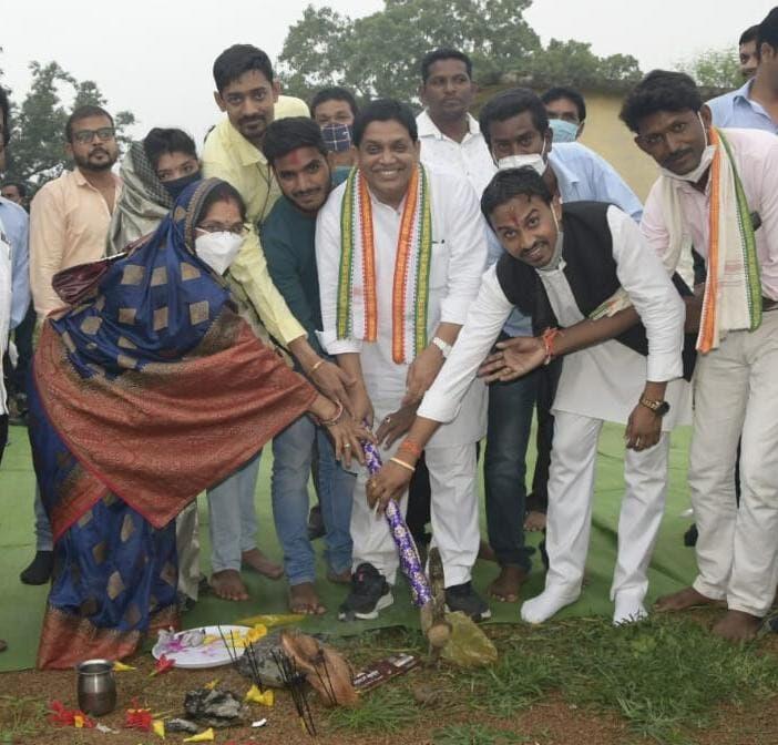 नगरीय प्रशासन मंत्री शिवकुमार डहरिया ने किया रसनी और बोडरा में विकास कार्यों का भूमिपूजन