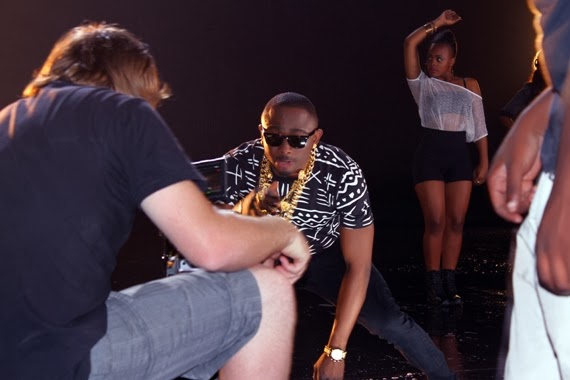 Sean Tizzle BTS Photos 12