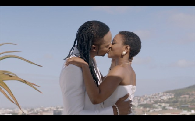Flavour and Chidinma Enjoy a Passionate & Deep Kiss in Ololufe Video | Must Watch