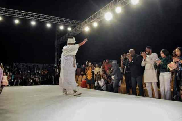 Ooni of Ife spotted catwalking at a fashion show in Lagos (photos) 4