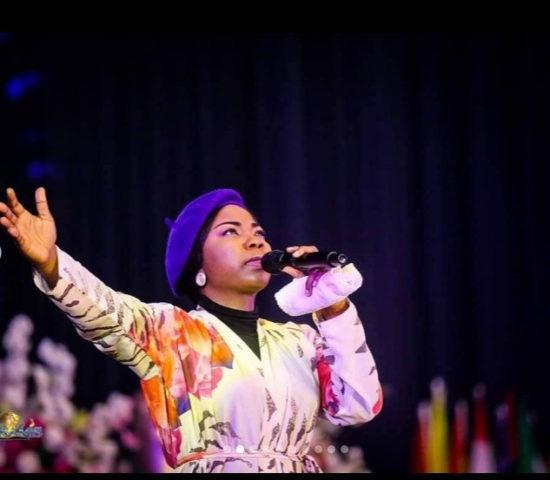 'Women, know your worth' – Gospel singer, Mercy Chinwo condemns #silhouettechallenge 1