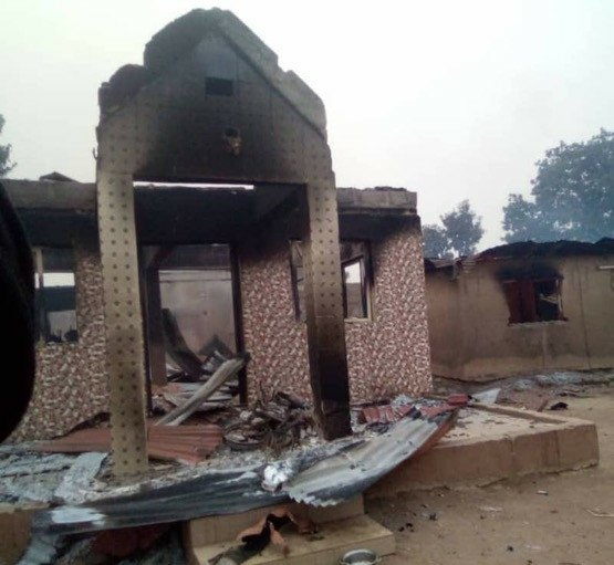 Angry youths allegedly burn down houses and cars of Seriki Fulani in Oyo State 1