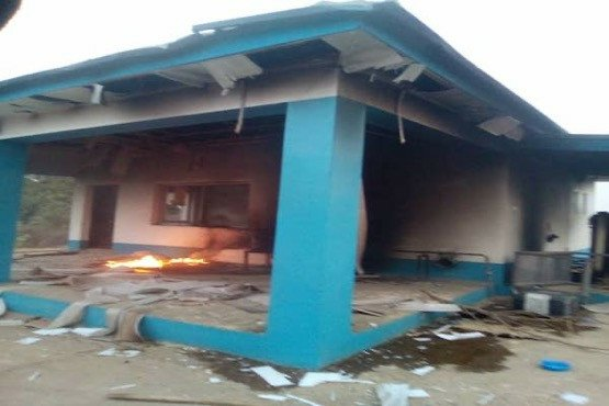 Angry youths allegedly burn down houses and cars of Seriki Fulani in Oyo State 2