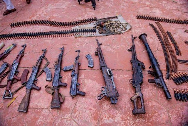 Repentant bandits surrender their weapons in Zamfara 4