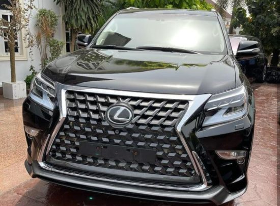 E-Money gifts luxury cars to people on his 40th birthday (Photos) 2