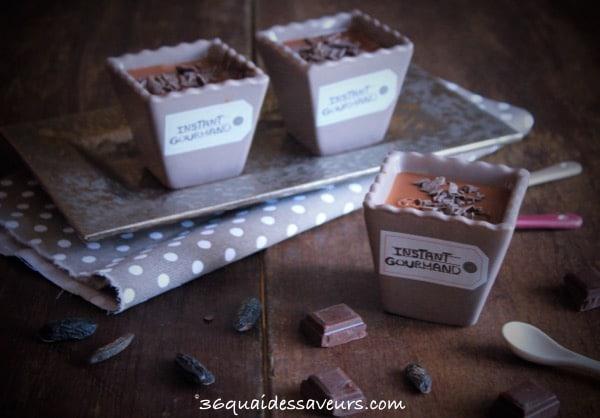 Crème au chocolat et fève tonka