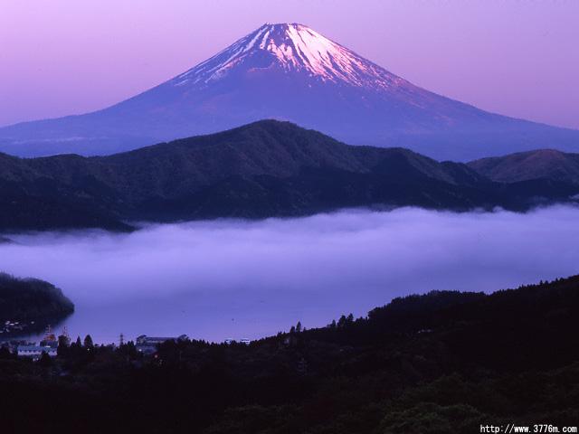 雲海の紅富士/大観山