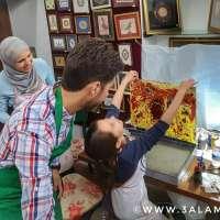 اسطنبول مع الأولاد: ورشة فن الإبرو الملهمة