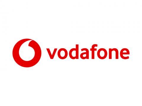 جميع أكواد فودافون 2018 و فودافون كاش و الخدمات و العروض