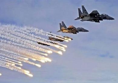 30 قتيلًا في غارة للتحالف على مصفاة نفط شمال سوريا