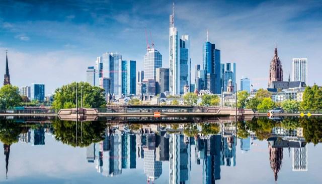 Think-Germany-Frankfurt-186367581-SeanPavonePhoto-copy.jpg