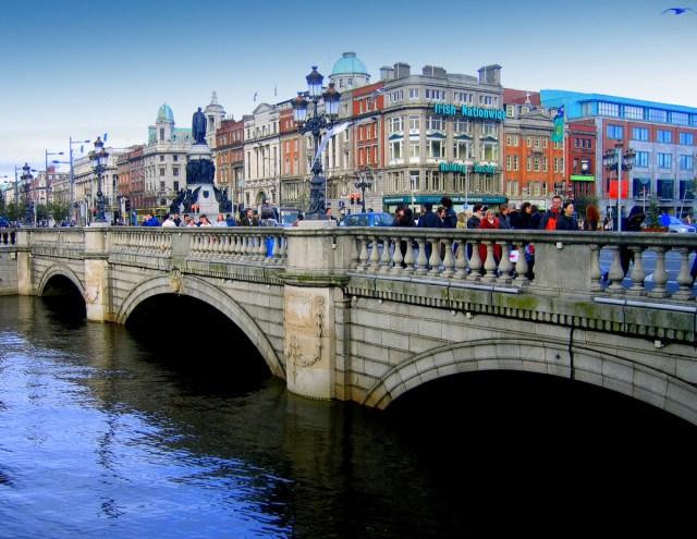 oconnell-bridge-dublin-ireland.jpg