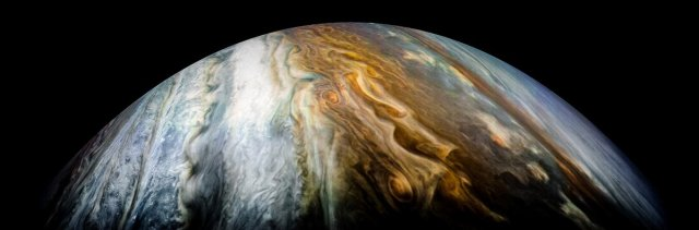 during-each-535-day-orbit-called-a-perijove-junocam-records-a-new-batch-of-photos.jpg