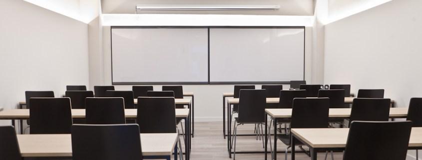 la-mejor-Academia-santander-3catorce-oposiciones-educacion Protestas contra el enfoque de las oposiciones maestros cantabria