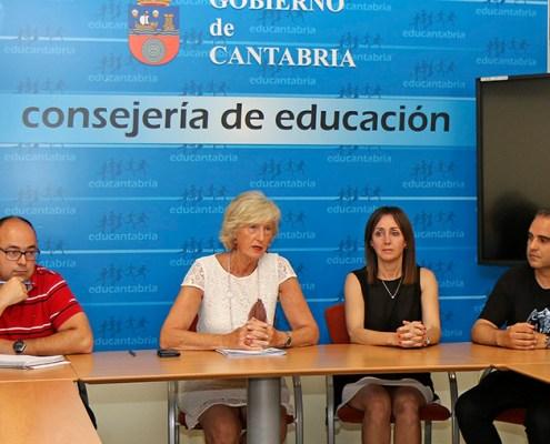 Lombó se compromete a continuar disminuyendo tasa de interinidad docentes cantabros