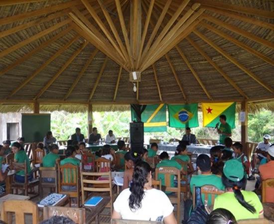 Os vereadores do município de Assis Brasil iniciaram o projeto de sessões itinerantes
