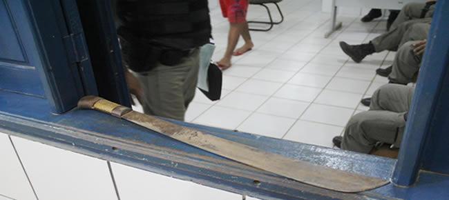 Arma usada para matar o jovem no Bairro Leonardo Barbosa – Foto: Alexandre Lima