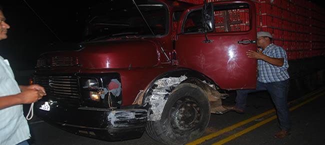 caminhão de placas JOF 4083-FOTOS ALEMÃO