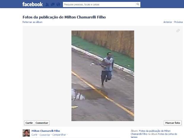 As imagens foram capturadas pelas câmeras de segurança de um depósito próximo a residência do professor (Foto: Reprodução/Facebook)