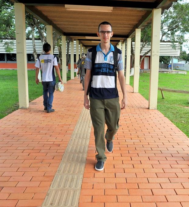 O jovem Hiago durante toda a vida foi aluno da rede pública de ensino/Fotos: Wania Pinheiro/Agência ContilNet