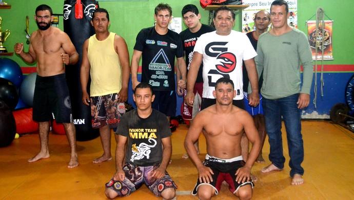 Atletas da academia Ivanor Team. Dois irão participar do Cruzeiro Fight no dia 31 de maio (Foto: Quésia Melo)