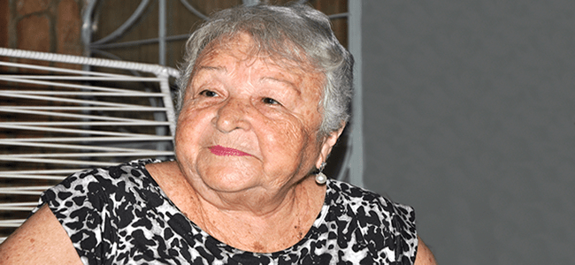 Dona Teresinha Lopes, 83 anos, foi patroa de Marina Si