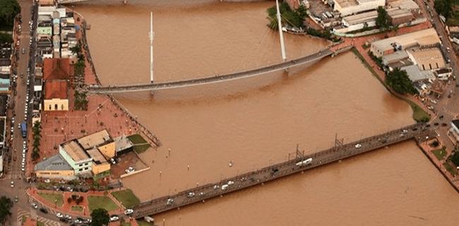 Na capital, Rio Acre ultrapassou cota de alerta às 12h, deste domingo