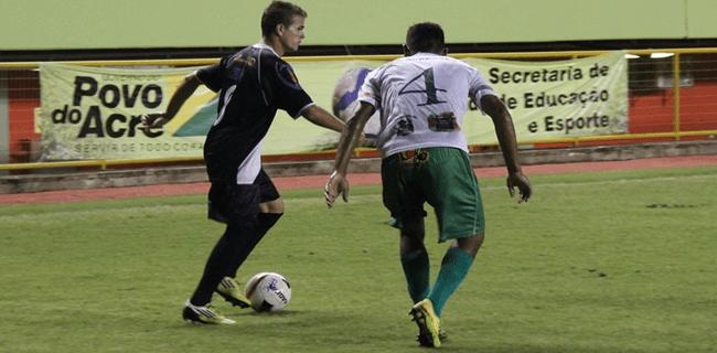 No último encontro entre Alto Acre e Vasco-AC, Cruz-Maltino atropelou Papagaio da Fronteira à la Alemanha e Brasil: 7 a 1 no estádio Florestão (Foto: Duaine Rodrigues)