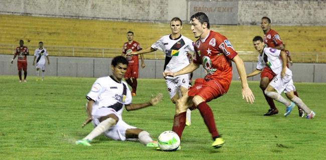 Em 2014, Estrelão venceu os dois jogos contra o Vasco-AC pelo estadual (Foto: João Paulo Maia)