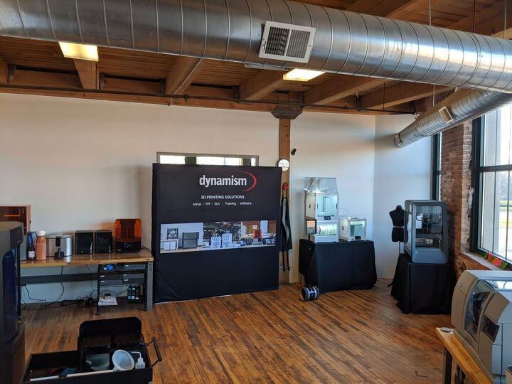 3D printers on display at Dynamism's physical showroom [Source: Dynamism]