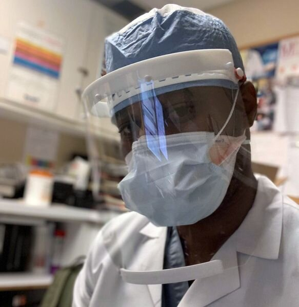 Healthcare professional wearing 3D printed PPE [Source: Shapeways]