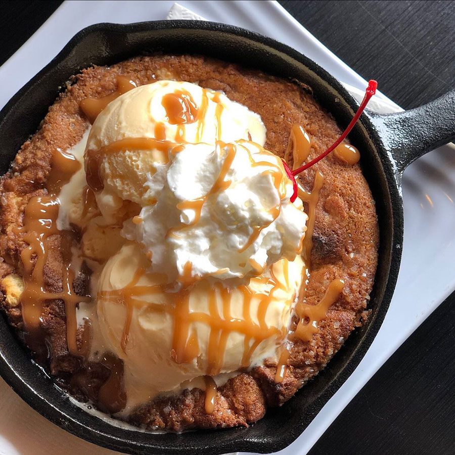 caramel skillet cookie