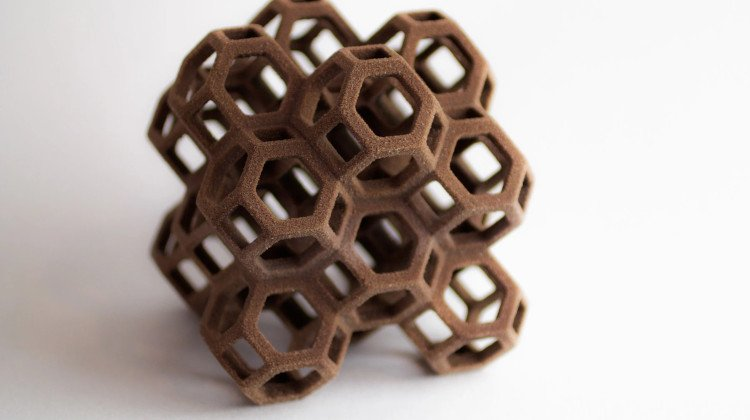 incredibly detailed 3d printed chocolate piece