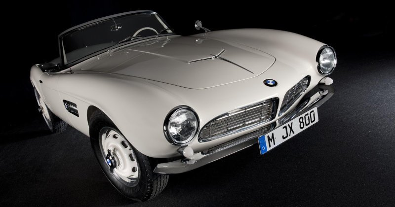 elvis' classic BMW 507 restored using 3D printing