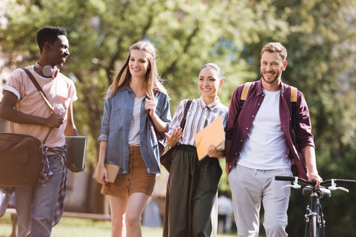 tips to Manage College Life