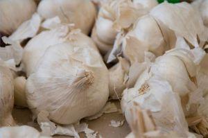use-garlic-treat-hypertension-800x800
