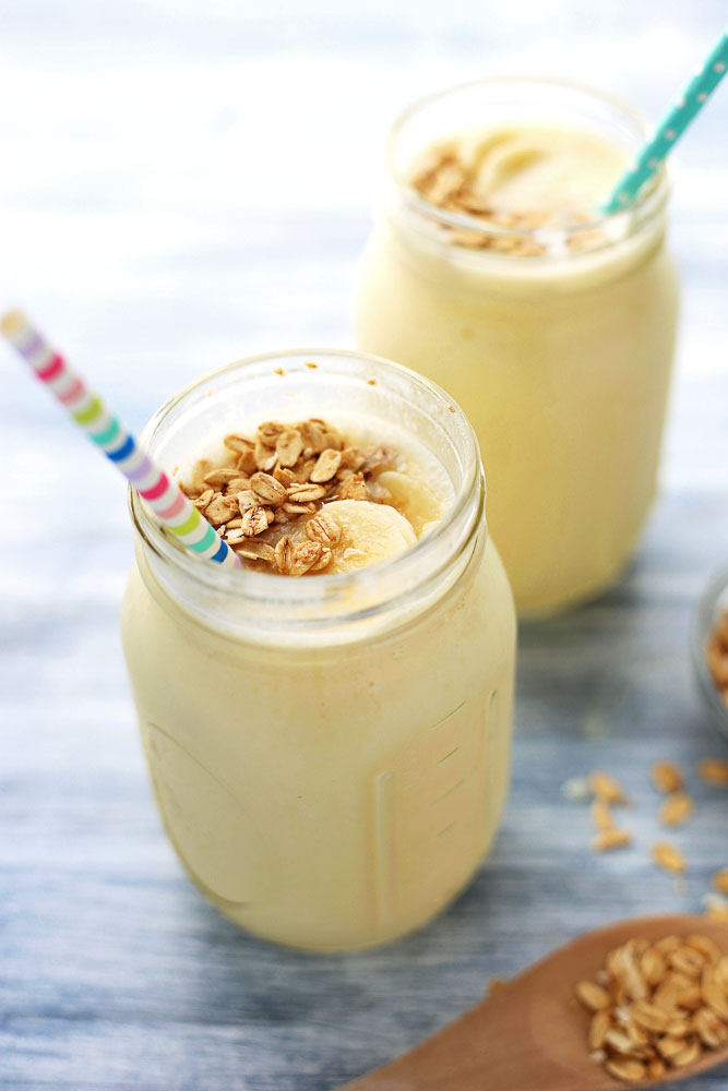 Pineapple Coconut Smoothies with granola