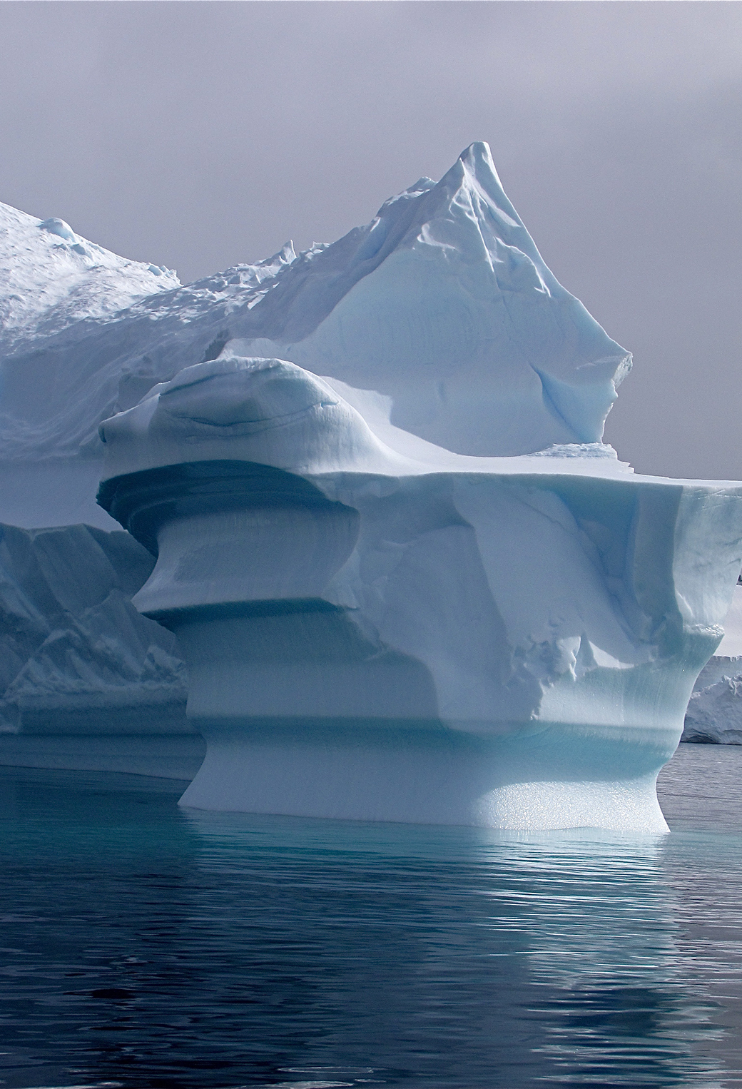 Antartic IceBerg 3Wallpapers iPhone parallax Antartic IceBerg