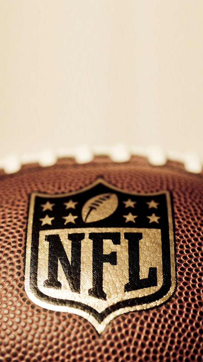 American Football Nfl Wallpaper For Iphone X 8 7 6 Free
