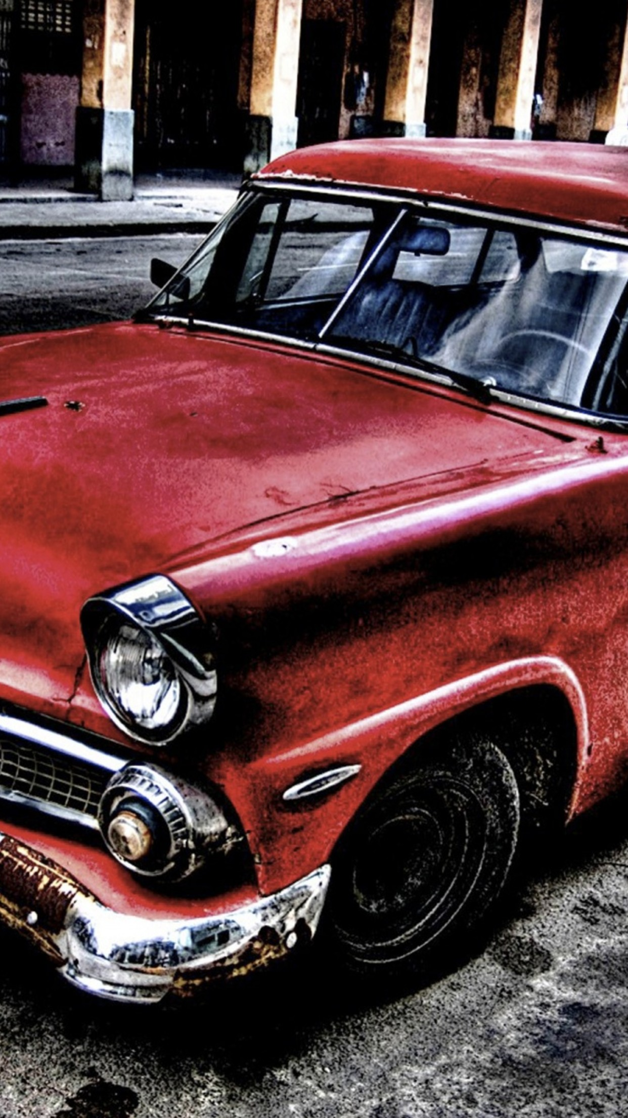 old car red 3Wallpapers iPhone Parallax Old Car Red