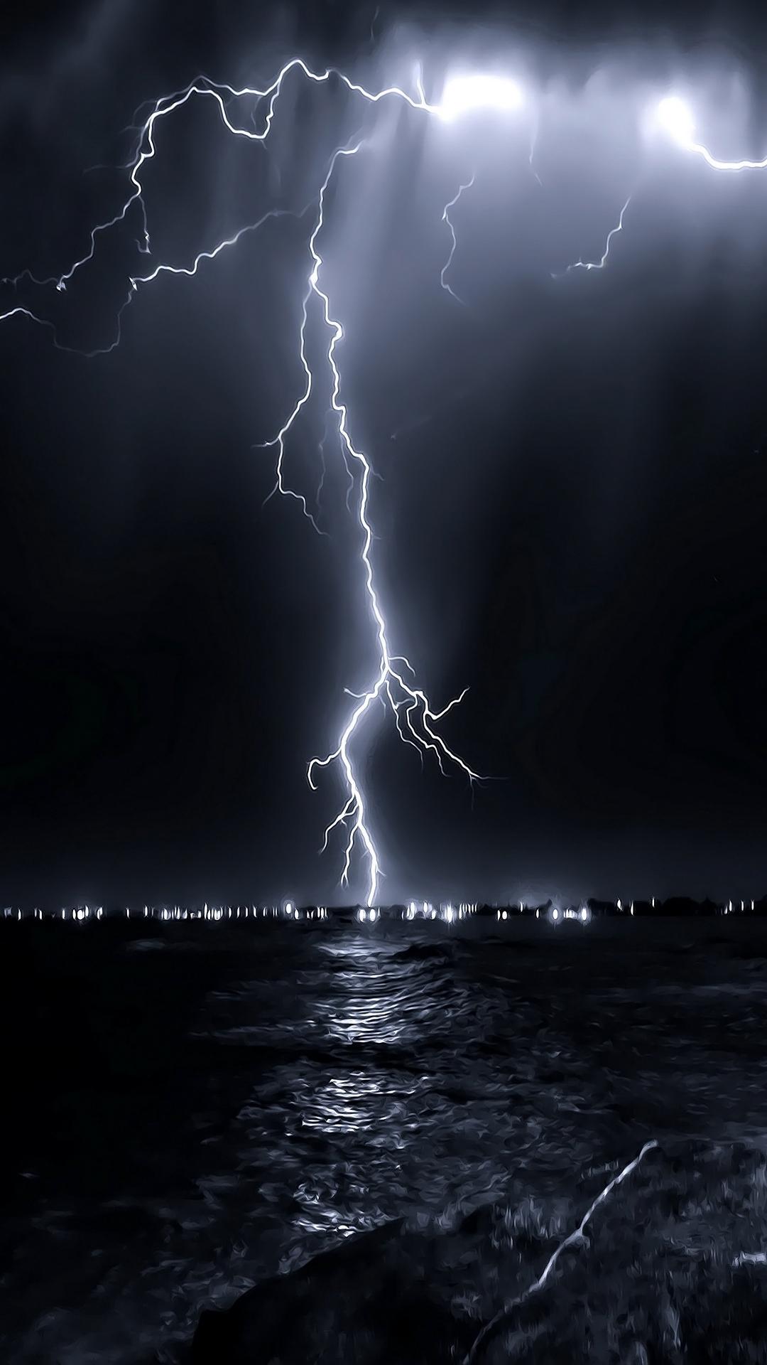 iPhone wallpaper lightning sea Lightning