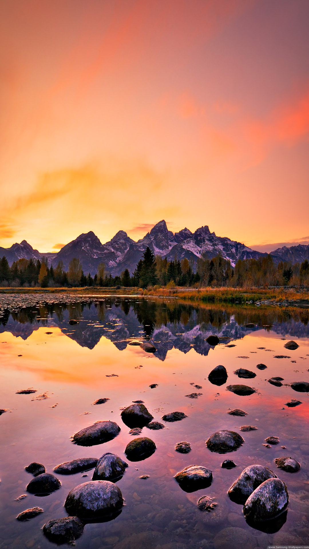 iPhone wallpaper mountain lake Lake
