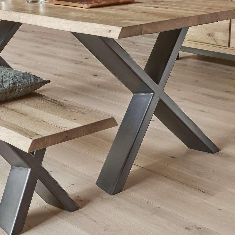 table de salle a manger moderne extensible en chene massif et metal pieds en x