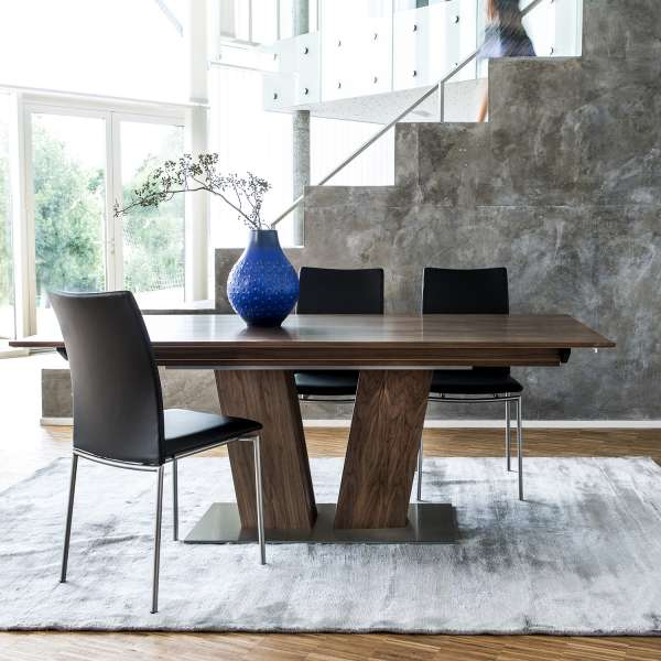Small Round Breakfast Table
