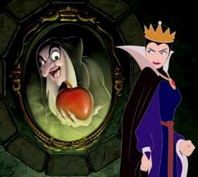 queen_mirror_fairest