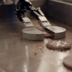 CaliBurger rolling out robots to flip burgers